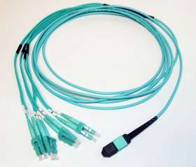1 Meter MTP/MPO Fan-Out OM3 Cable